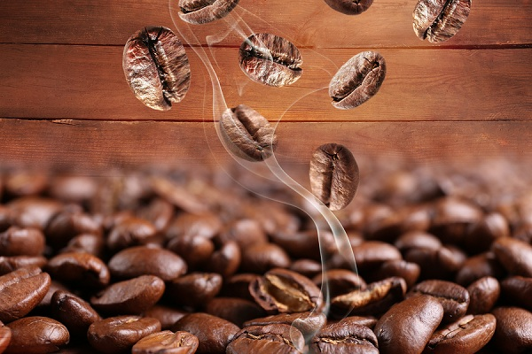 airfollow-Coffee-beans-close-up